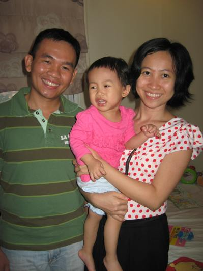 Trung (Lam's brother in law), Her Sister Van and Bong, their daughter.